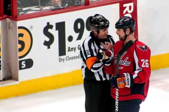 Tonight's NHL Playoff Referees & Linesmen – 4/26/15
