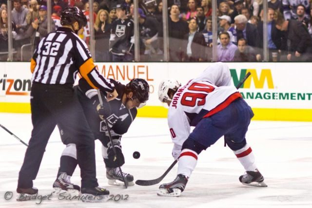 Tonight's NHL Referees & Linesmen – 12/18/14