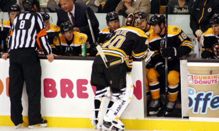 Tonight's NHL Referees & Linesmen – 2/8/15