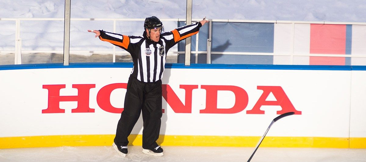Tonight's NHL Referees & Linesmen – 4/6/15