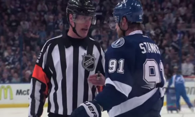 Mic'd Up: Referee Kevin Pollock Explains Non-Call to Stamkos