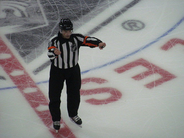 Tonight's NHL Referees & Linesmen – 11/12/15