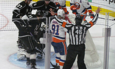 Tonight's NHL Referees & Linesmen – 12/21/15