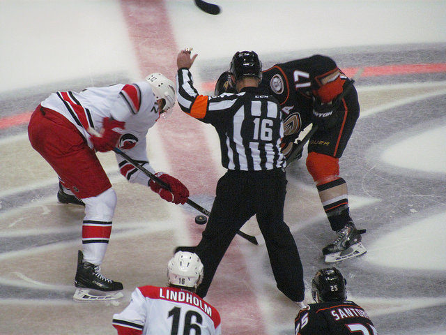 Tonight's NHL Referees & Linesmen – 1/20/16