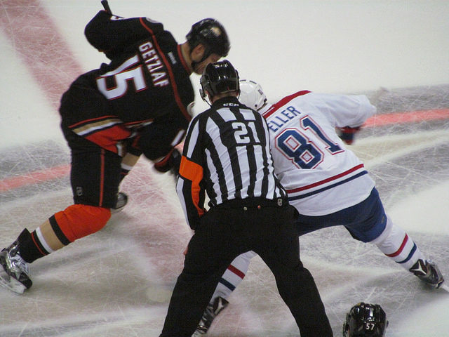 Tonight's NHL Referees & Linesmen – 3/5/16