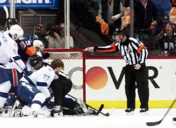 Mic'd Up: Kelly Sutherland at Lightning/Islanders