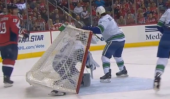 Caps' Carlson Scores After Net Knocks 'Nucks Markstrom