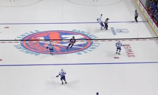 Tampa's Hedman Injured in Collision with Referee