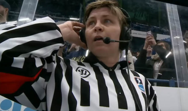 Women's World Championship 2019 - Gold Medal Game - USA Finland Disallowed OT Goal